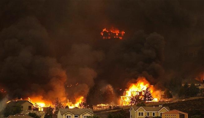 Incendios forestales arrasan el oeste de Estados Unidos