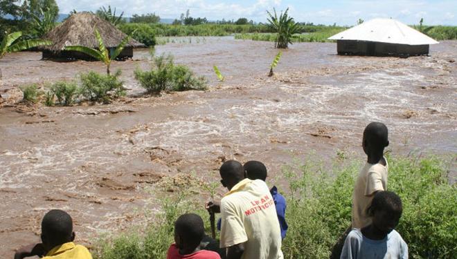 8 MUERTOS POR INUNDACIONES EN KENIA