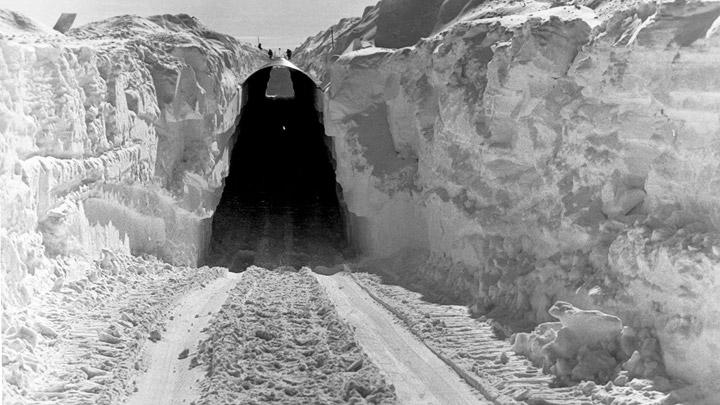 Tunel ciudad subterranea Artico